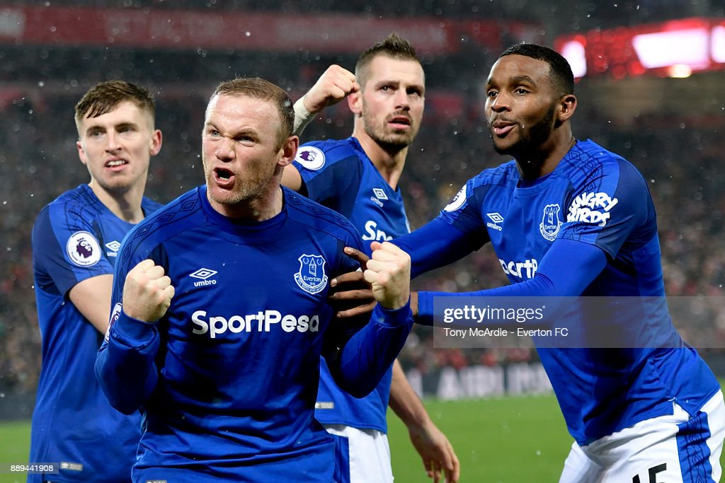 Wayne Rooney of Everton celebrates his goal during the Premier League match between Liverpool and Everton at Anfield on December 10, 2017 in Liverpool, England.