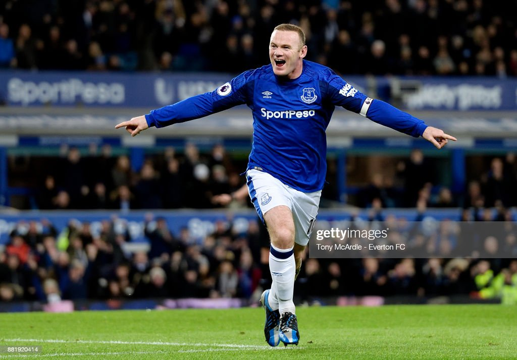 Wayne Rooney of Everton celebrates his second goal during the Premier League match between Everton and West Ham United at Goodison Park on November 29, 2017 in Liverpool, England.