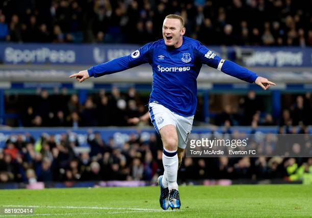 Wayne Rooney of Everton celebrates his second goal during the Premier League match between Everton and West Ham United at Goodison Park on November...