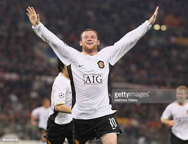 Wayne Rooney of Manchester United celebrates scoring their second goal during the UEFA Champions League quarterfinal match betwen AS Roma and...
