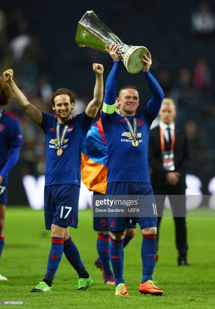 Wayne Rooney of Manchester United celebrates with The Europa League trophy after the UEFA Europa League Final between Ajax and Manchester United at Friends Arena on May 24, 2017 in Stockholm, Sweden.