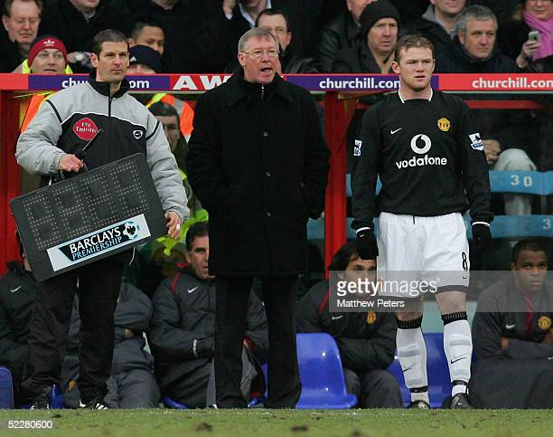 Wayne Rooney of Manchester United comes on as a substitute during the Barclays Premiership match between Crystal Palace and Manchester United at...
