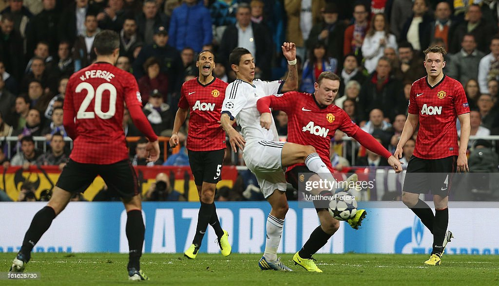 Real Madrid v Manchester United - UEFA Champions League Round of 16 : News Photo