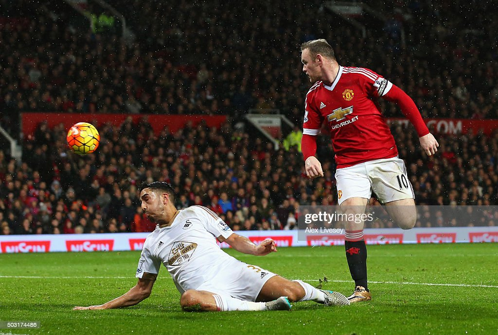 Wayne Rooney of Manchester United scores his team's second goal during the Barclays Premier League match between Manchester United and Swansea City at Old Trafford on January 2, 2016 in Manchester, England.