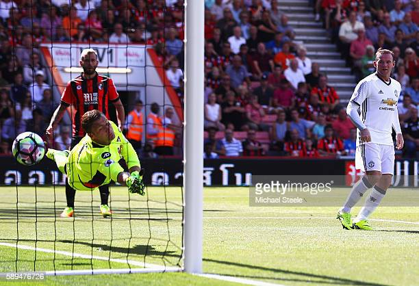 Wayne Rooney of Manchester United scores his team's second goal during the Premier League match between AFC Bournemouth and Manchester United at...