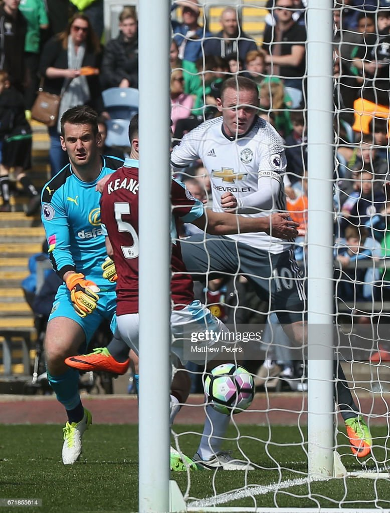 Wayne Rooney of Manchester United scores their second goal during the Premier League match between Burnley and Manchester United at Turf Moor on April 23, 2017 in Burnley, England.
