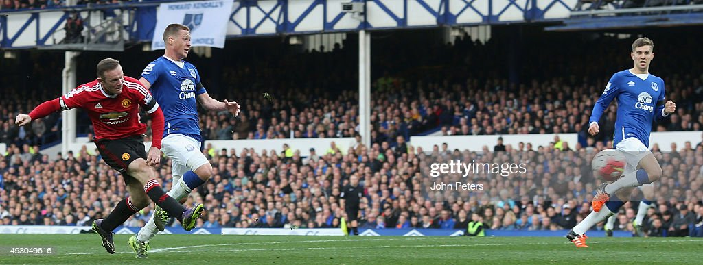 Wayne Rooney of Manchester United scores their third goal during the Barclays Premier League match between Everton and Manchester United at Goodison Park on October 17, 2015 in Liverpool, England.