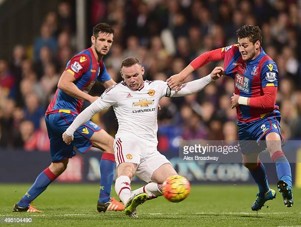 Wayne Rooney of Manchester United shoots at goal during the Barclays Premier League match between Crystal Palace and Manchester United at Selhurst...