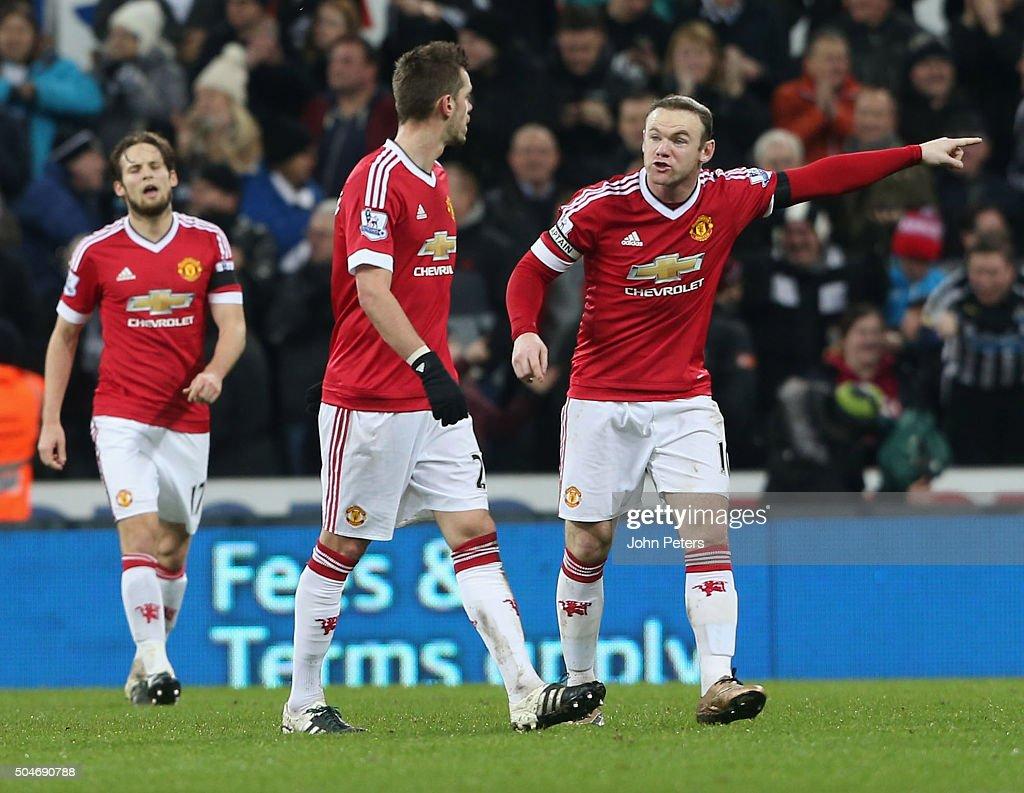 Newcastle United v Manchester United - Premier League : News Photo