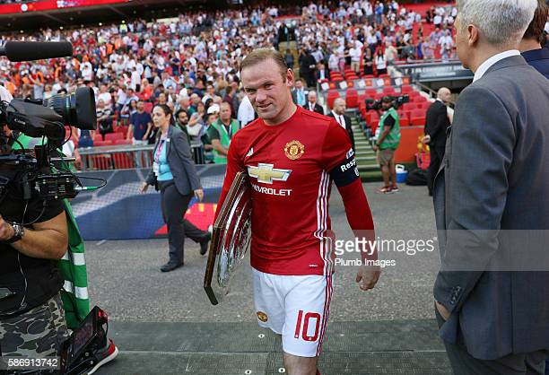 Wayne Rooney of Manchester United with FA Community shield trophy after the FA Community Shield Match between Leicester City and Manchester United at...