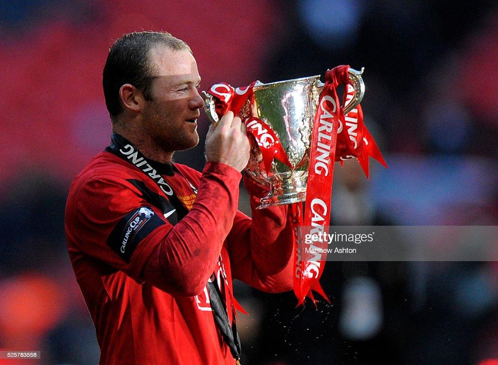 SOCCER - Carling Cup Final 2010 - Aston Villa v Manchester United : News Photo