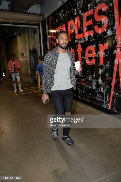 Wayne Selden of the Chicago Bulls arrives to the game against the LA Clippers on March 15 2019 at STAPLES Center in Los Angeles California NOTE TO...