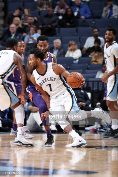 Wayne Selden of the Memphis Grizzlies handles the ball against the Phoenix Suns on January 29 2018 at FedExForum in Memphis Tennessee NOTE TO USER...