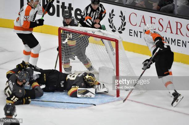 Wayne Simmonds of the Philadelphia Flyers scores a goal during the first period against the Vegas Golden Knights during a game at TMobile Arena on...