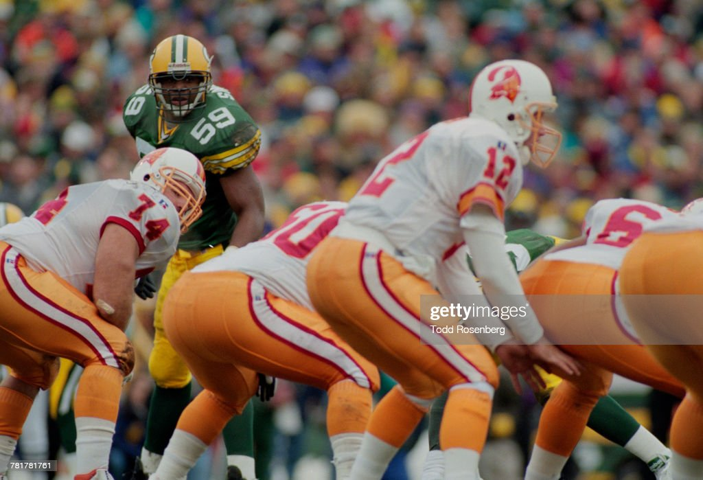 Tampa Bay Buccaneers vs Green Bay Packers : News Photo