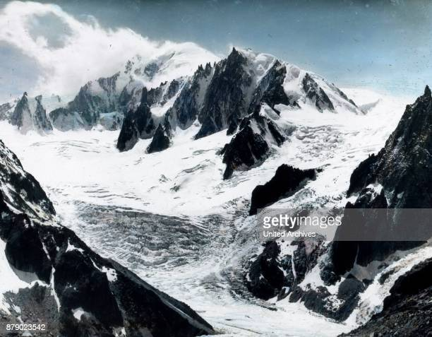 We are completely surrounded by glaciers and high peaks in various forms and completed all of the homes of the people Admiration grips us when...