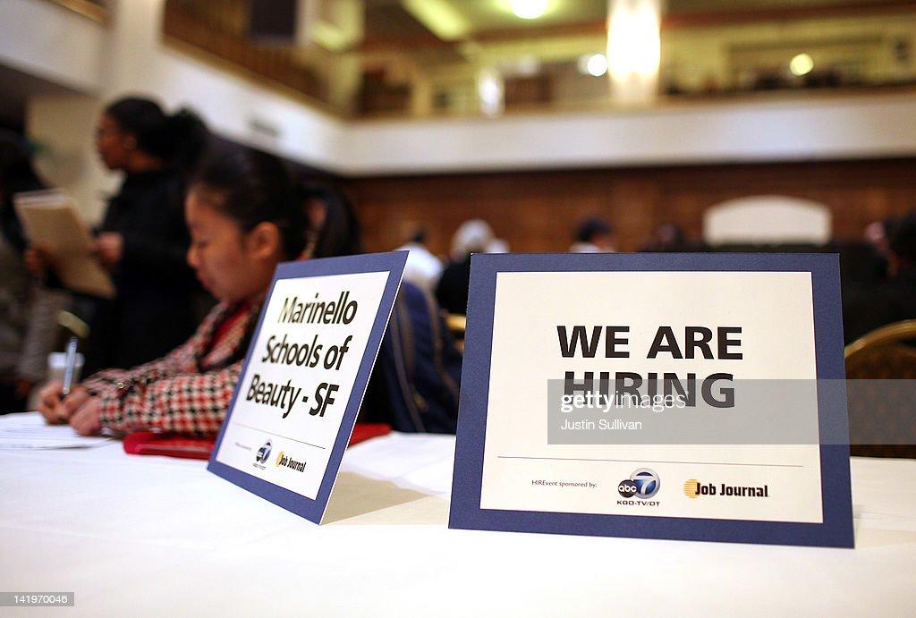 Job Seekers Attend Job Fair In San Francisco : News Photo