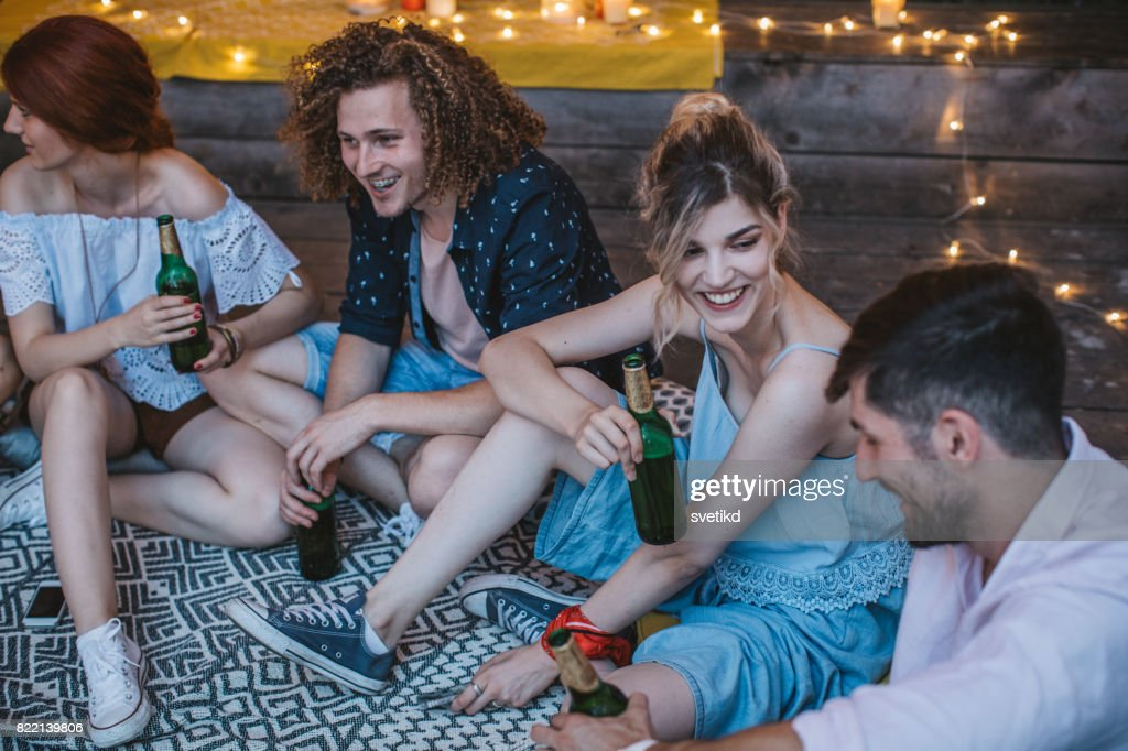 We can always make time for friends : Stock Photo