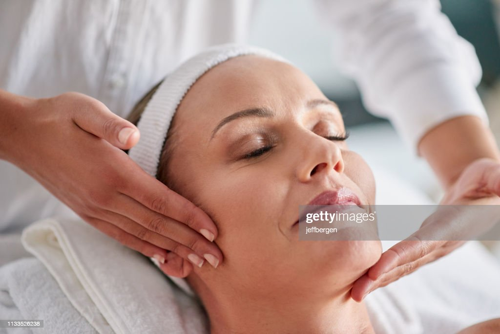 We just want to help you banish wrinkles : Stock Photo