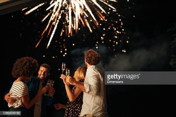 we houden van sterretjes! - nieuwjaar stockfoto's en -beelden