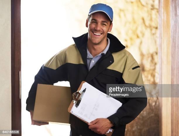 we never disappoint with our delivery service - carteiro - fotografias e filmes do acervo