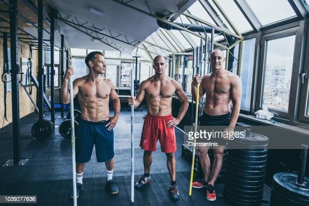 we push each other to personal bests - handsome bodybuilders stock pictures, royalty-free photos & images
