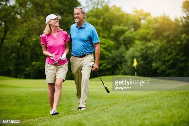 we share a love for golf - golfe imagens e fotografias de stock