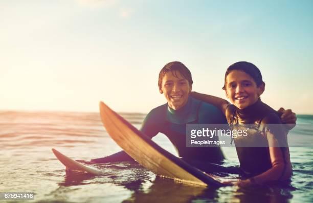 Vi tror att surfa är det häftigaste man kan göra