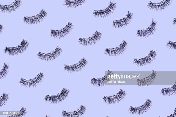 wearable eyelashes - つけまつげ ストックフォトと画像