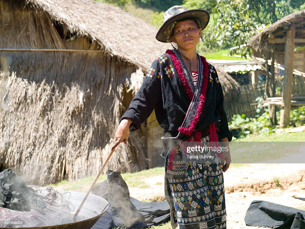 Wearing Her Traditional Clothing Meuay A Iu Mien Ethnic Minority News Photo Getty Images