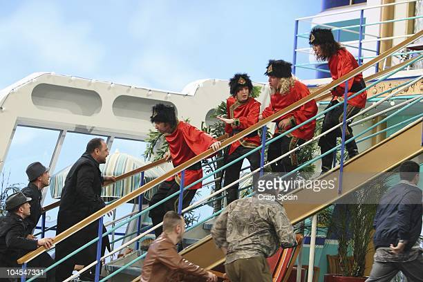 I'M IN THE BAND Weasels on Deck Iron Weasel sets out to board the SS Tipton to perform for Mr Tipton in hopes of booking a gig at one of his many...