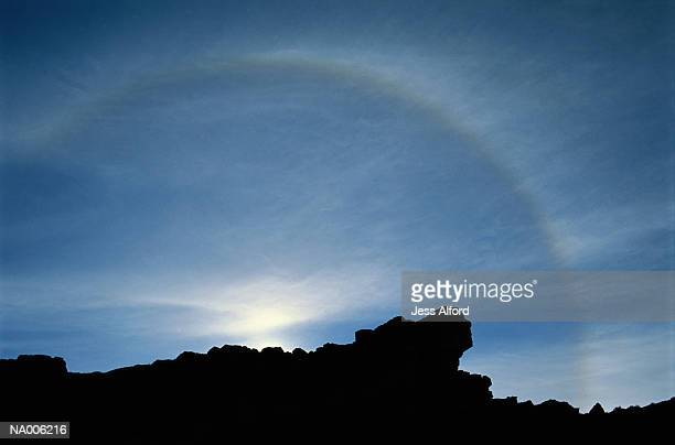 weather phenomenon at sunrise - light natural phenomenon stock pictures, royalty-free photos & images