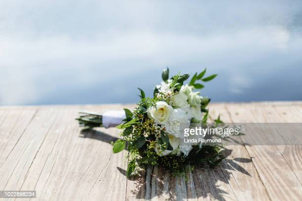 wedding bouquet - wedding background stock pictures, royalty-free photos & images