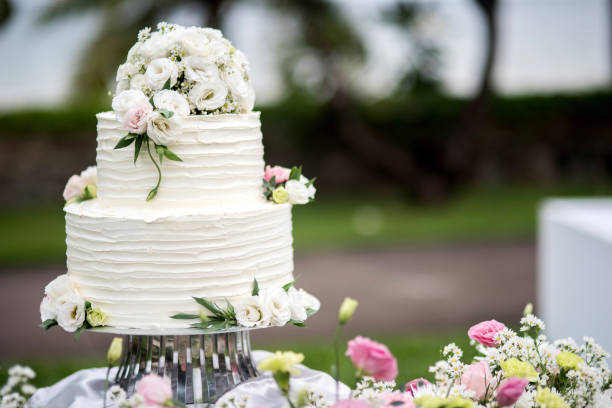 Free Wedding Cake Images Pictures And Royalty Free Stock