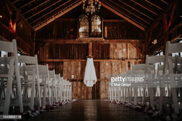 wedding ceremony - barn stock pictures, royalty-free photos & images