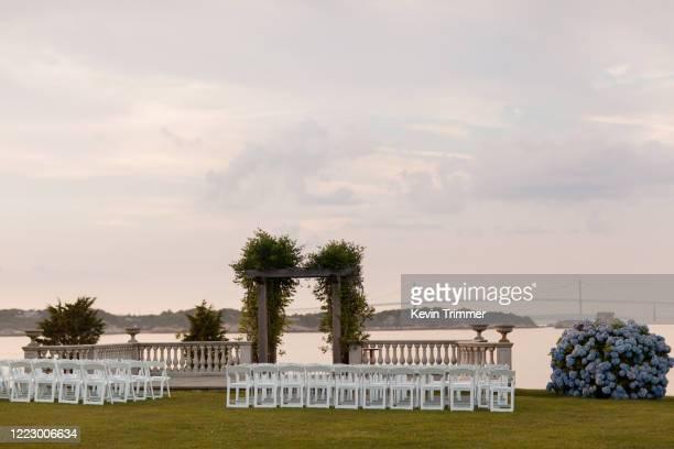 wedding ceremony site overlooking ocean and newport bridge - rhode island stock pictures, royalty-free photos & images