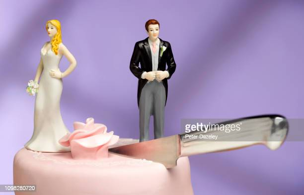 wedding couple divorce - marryornot stock pictures, royalty-free photos & images