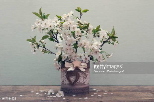 wedding decoration - 野生の花 ストックフォトと画像