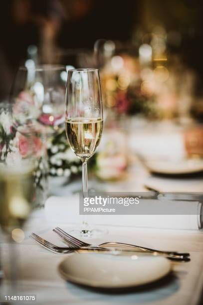 wedding dinner table - wedding reception stock pictures, royalty-free photos & images