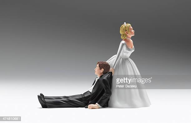 Wedding figurines relationship difficulties