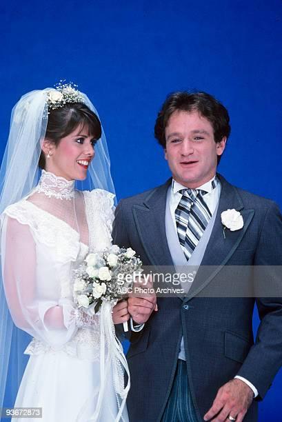 Mork Mindy Wedding Gallery 1981 Pam Dawber Robin Williams