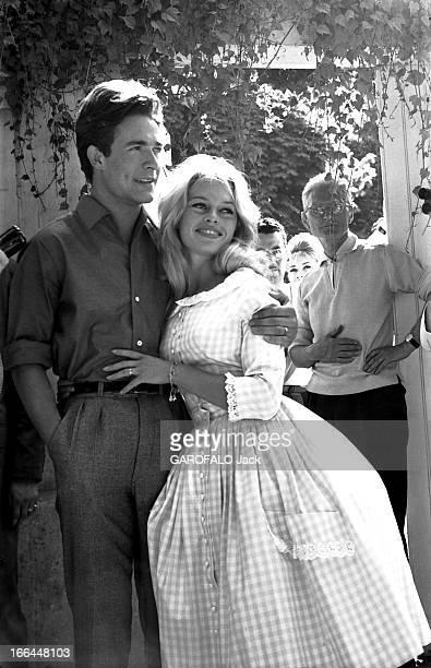 Wedding Of Brigitte Bardot And Jacques Charrier Le mariage de Brigitte BARDOT et Jacques CHARRIER à la mairie de Louveciennes le 18 juin 1959 la...