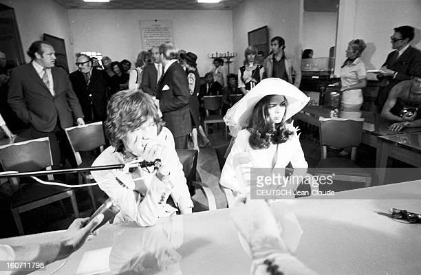 Wedding Of Mick Jagger And Bianca Morena Perez De Macias In Sainttropez A SaintTropez dans une salle de la mairie en prsence de leurs proches Mick...