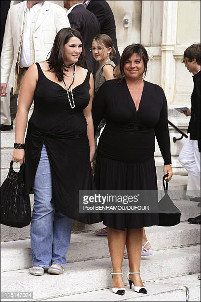 Wedding of Mimie Mathy and Benoist Gerard in Neuilly Sur Seine France on August 27 2005 Michele Bernier and her daughter