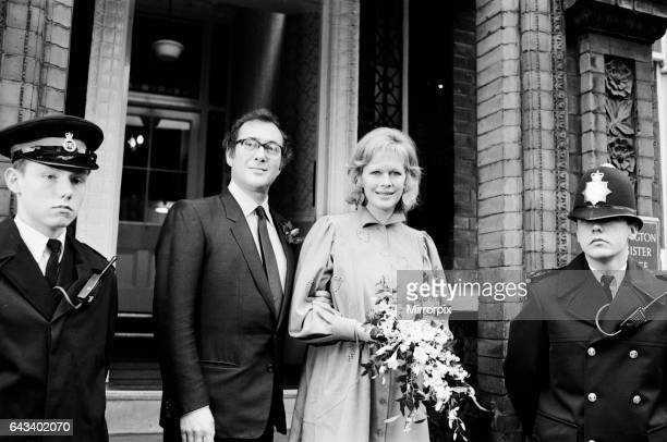 Wedding of playwright Harold Pinter and author Lady Antonia Fraser at Kensington Registry Office, 27th November 1980.