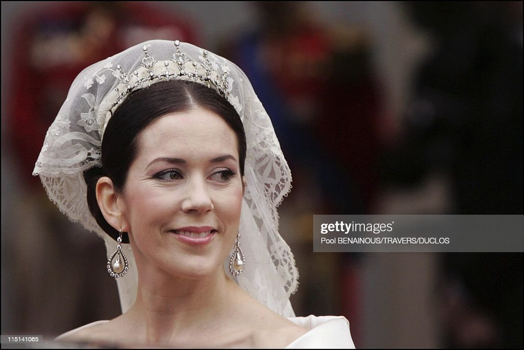 Wedding Of Prince Frederik Of Denmark And Mary Donaldson : After The Ceremony In Copenhagen, Denmark On May 14, 2004. : News Photo