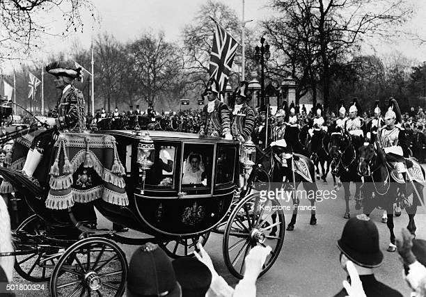 Wedding Of Princess Alexandra Of Kent With The Honourable Angus Ogilvy At Westminster Abbey the stagecoach crossing London after the ceremony on...