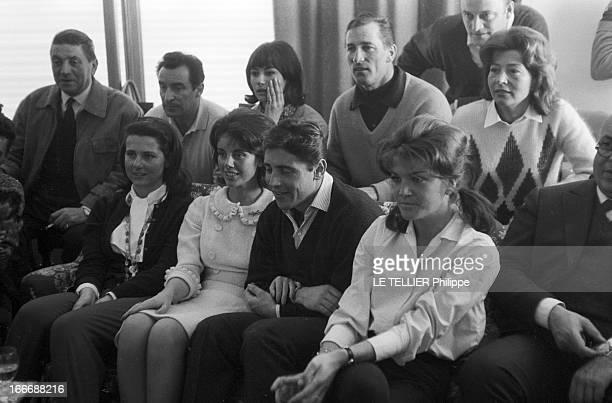 Wedding Of Sacha Distel And Francine Breaud Le 25 janvier 1963 en France à Megeve le mariage du chanteur français Sacha DISTEL et de la championne de...