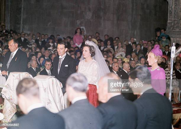 Wedding of the Infanta Pilar sister of Spanish King Juan Carlos of Borbon and Luis Gomez Acebo with Juan de Borbon as godfather 5th May 1967 Lisbon...