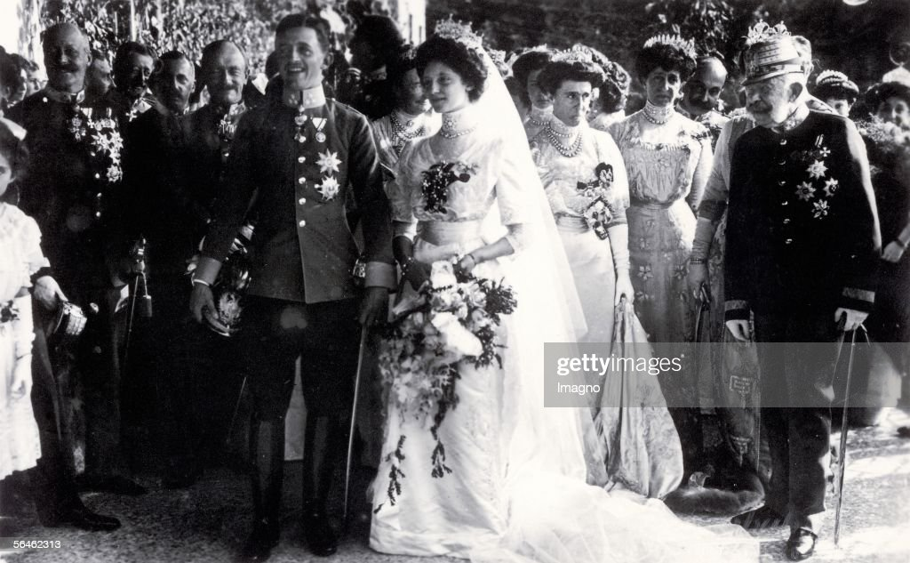 Wedding of the later Emperor Karl I : News Photo
